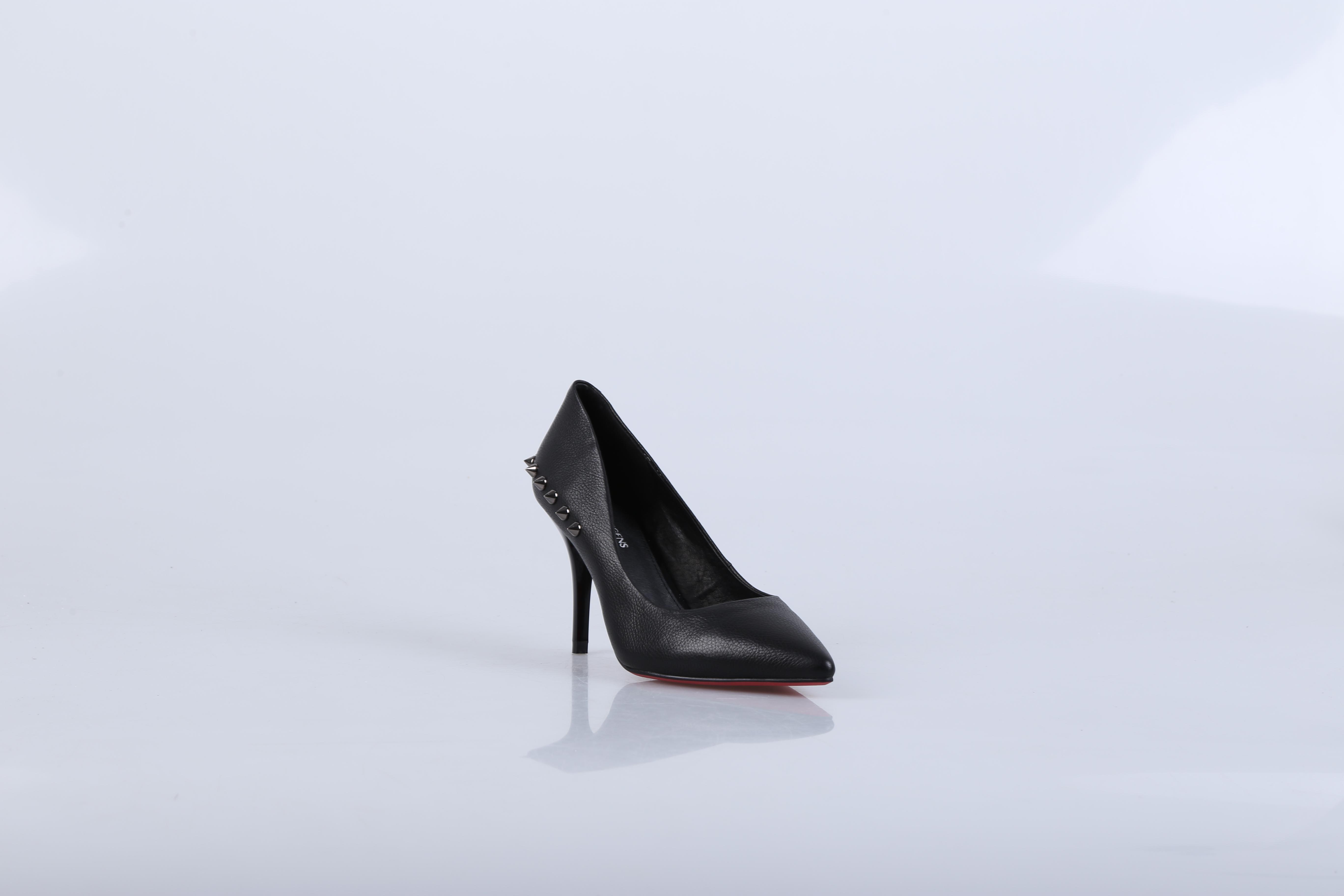 迪欧摩尼--中国市场销量第一的欧式女鞋品牌