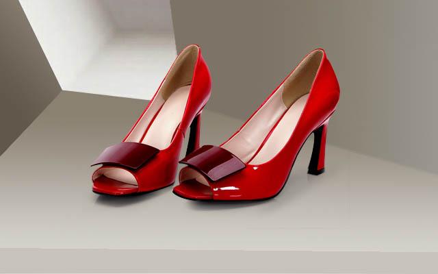 做鞋子生意利润高吗?迪欧摩尼女鞋继续旺销