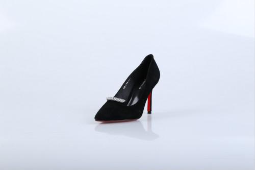 二三线品牌女鞋加盟,迪欧摩尼获得极高的好评