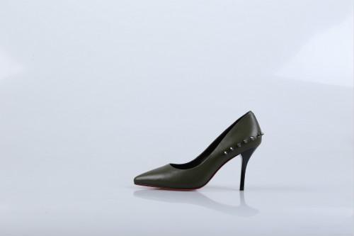 做什么小生意赚钱?迪欧摩尼女鞋加盟利润丰厚