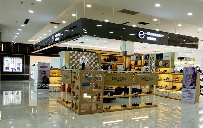 广州快时尚女鞋品牌加盟,迪欧摩尼好不好做?