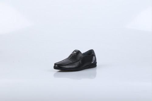 男士休闲鞋加盟店 迪欧摩尼旗舰店资源优质