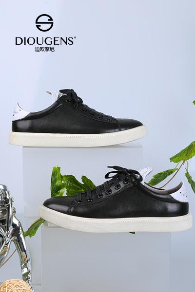 国内男鞋品牌加盟哪家好?迪欧摩尼品牌让你轻松开店无忧!