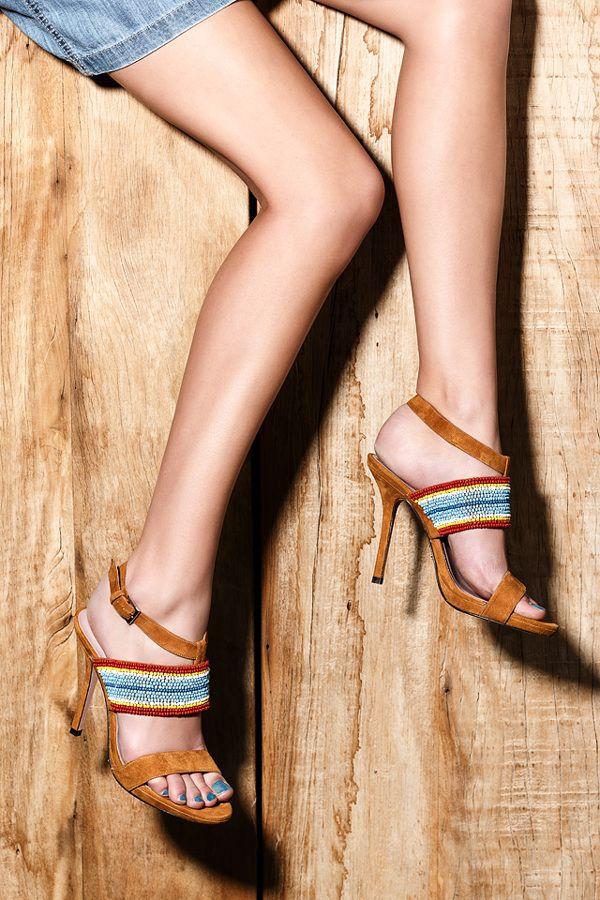广州鞋子代理加盟,迪欧摩尼女鞋品牌加盟好项目