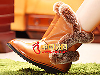 沃格秋冬女鞋系列 时尚毛绒雪地靴