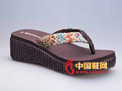 捷足时尚拖鞋2013新款上市 卡莎琳拖鞋