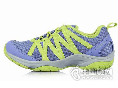探路者2015新款户外鞋