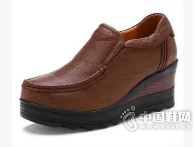 金靴世家 新款真皮坡跟鞋时尚流行女鞋英伦韩版松糕跟女式休闲鞋
