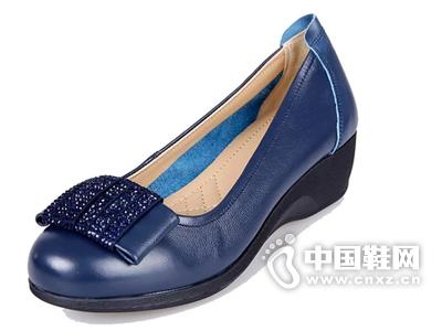 金贵鸟单鞋真皮女单鞋水钻坡跟女鞋中老年妈妈鞋低帮女鞋中跟正品