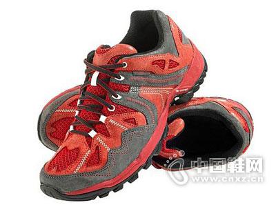 奥库户外鞋新款产品
