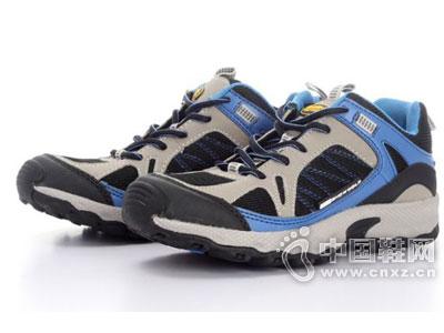 雪狼户外鞋新款产品