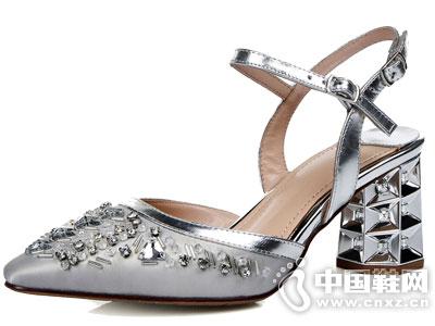 巴藜雨女鞋新款产品