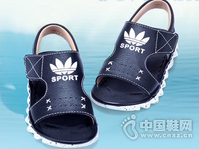 噜比贝贝童鞋新款产品