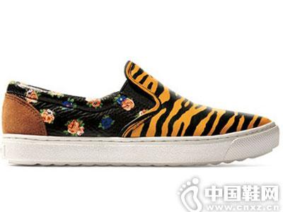 蔻驰COACH女鞋新款产品