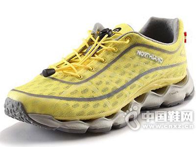 诺诗兰户外鞋2016新款产品