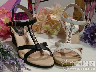 芭迪女鞋2016坡跟凉鞋新款