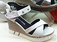 富利康女鞋2016新款厚底�鲂�