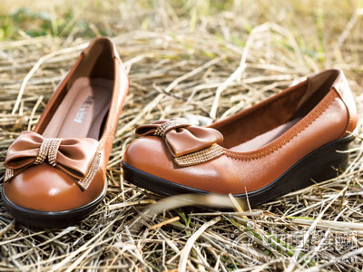 名郎休闲鞋2016新款坡跟女鞋