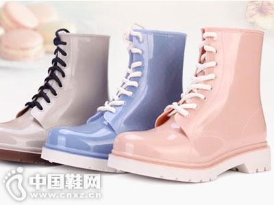飞龙雨鞋新款产品