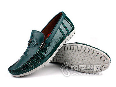 麦高2016时尚休闲皮鞋