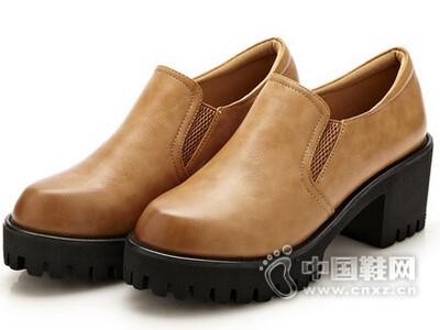 巨日2016韩版复古擦色粗跟高鞋