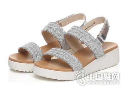 Tata/他她2017夏季时尚水钻坡跟女凉鞋