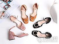2017夏季圆扣方头包跟中空凉鞋羊�S皮粗跟浅口单鞋