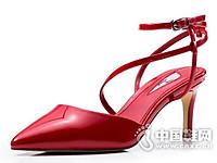 接吻猫2017夏魅力罗马鞋交叉绑带漆皮高跟单鞋