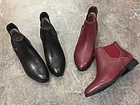 易美17秋冬新款尖头铆钉切尔西短靴