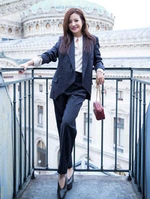 赵薇巴黎时尚大片来袭,服装超美鞋超丑