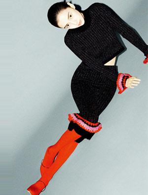 Angelababy时尚大片曝光 玩转复古新潮流