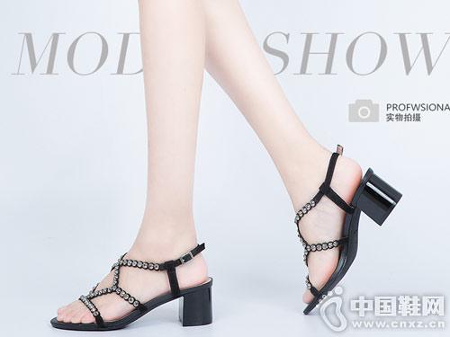 2018千百度时尚女鞋新款产品