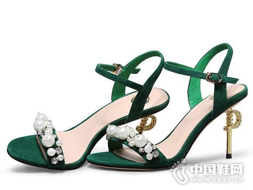 2018柯玛尼克女鞋高跟凉鞋新款产品