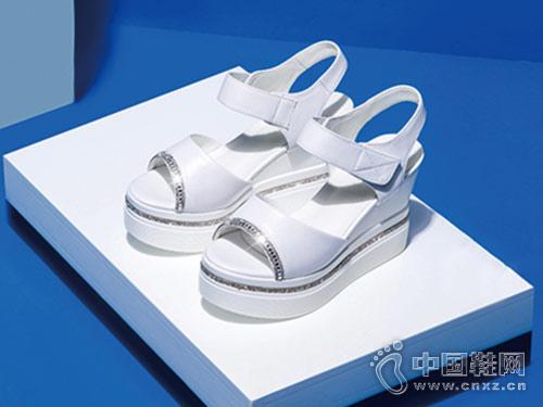 丹比奴鞋包2018新款厚底凉鞋产品