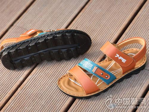 七波辉童鞋2018新款凉鞋产品