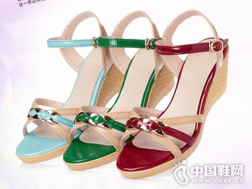 台湾红蜻蜓2018女鞋新款坡跟凉鞋
