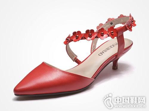 富贵鸟男女皮鞋2018新款女后空单鞋
