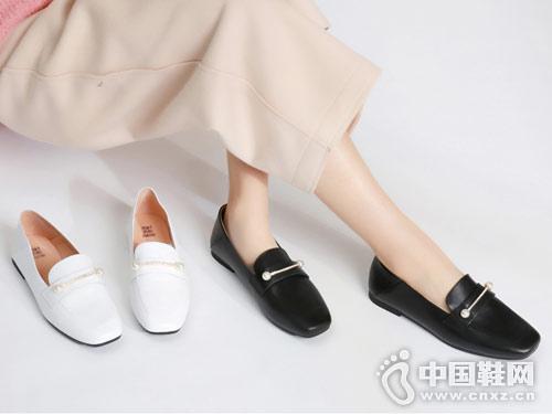 西村名物女鞋2018新款平底單鞋