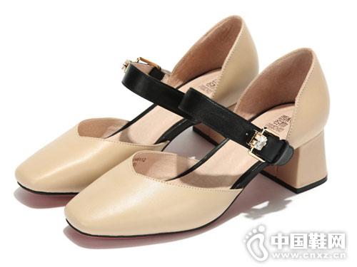 西村名物女鞋2018新款中空單鞋