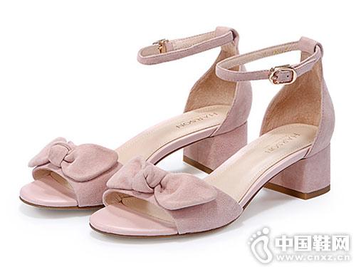 哈森女鞋2018新款低跟凉鞋