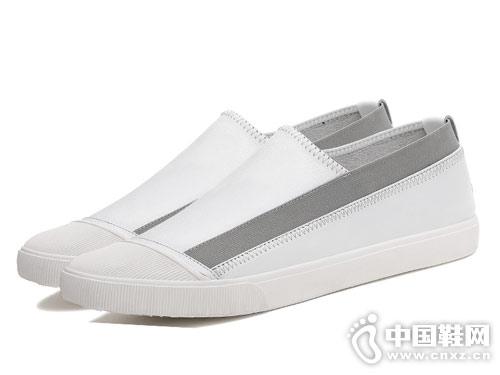 啄木鸟男鞋2018新款休闲板鞋