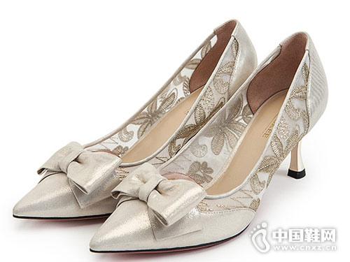 红科女鞋2018新款高跟单鞋