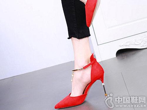 �ド�女鞋2018新款中空高跟鞋
