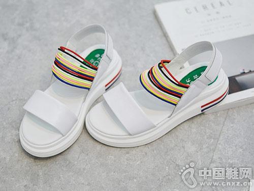 格古力女鞋2018新款厚底凉鞋