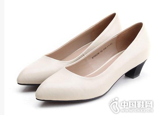 莱斯佩斯女鞋2018新款中跟单鞋