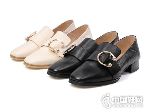 百田森女鞋2018新款粗跟单鞋