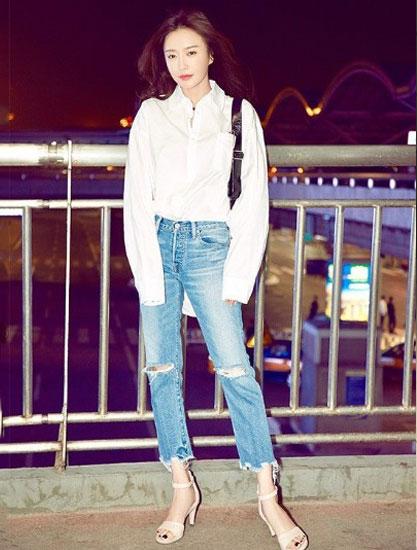 明星演绎ECCO爱步2018夏季SHAPE型塑系列高跟凉鞋