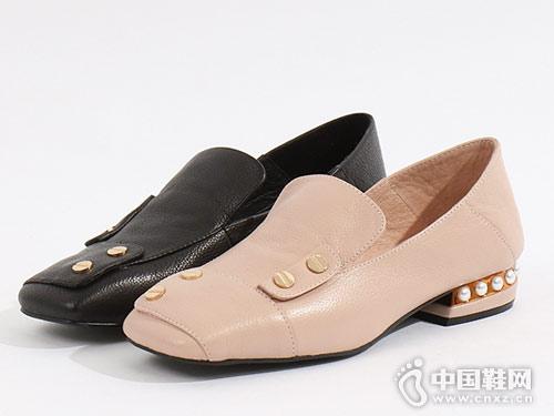 易美特卖女鞋2018新款低跟单鞋