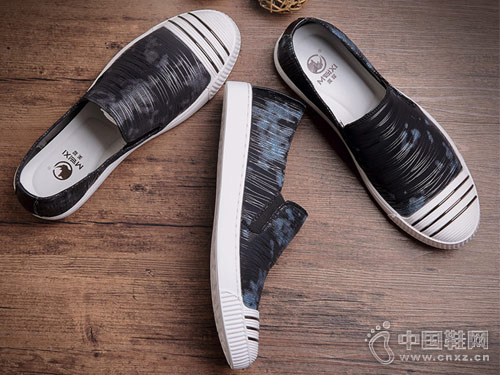 美犀皮鞋2018新款休闲布鞋