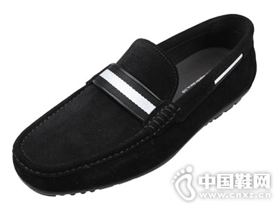 啄木鸟男鞋2018新款豆豆鞋